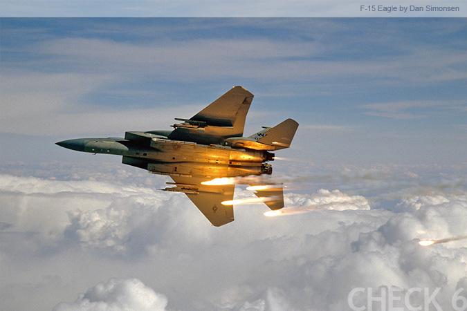 f15 eagle. F-15 Eagle Popping Flares